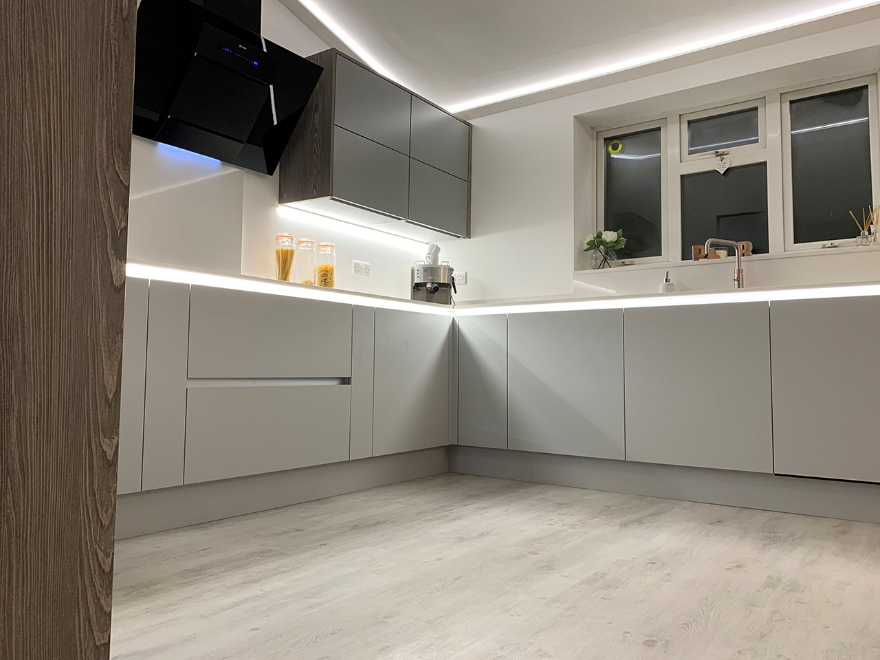 Modern Kitchen Diner Fitted Kitchens Meridien Interiors