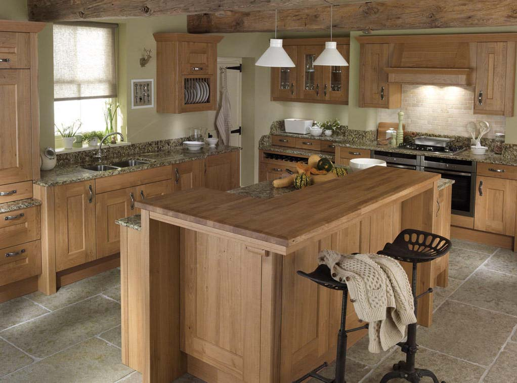 Second Nature Lyndon is the epitome of a country life, rustic country shaker kitchen doors
