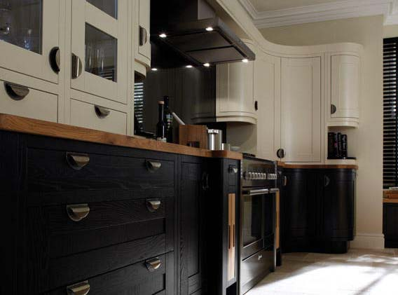 The Milton fitted kitchen is another very popular shaker style kitchen