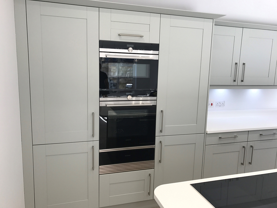Second Nature Broadoak Partridge Grey painted kitchen doors, Poole in Dorset. Design, supply and install of kitchen by Meridien